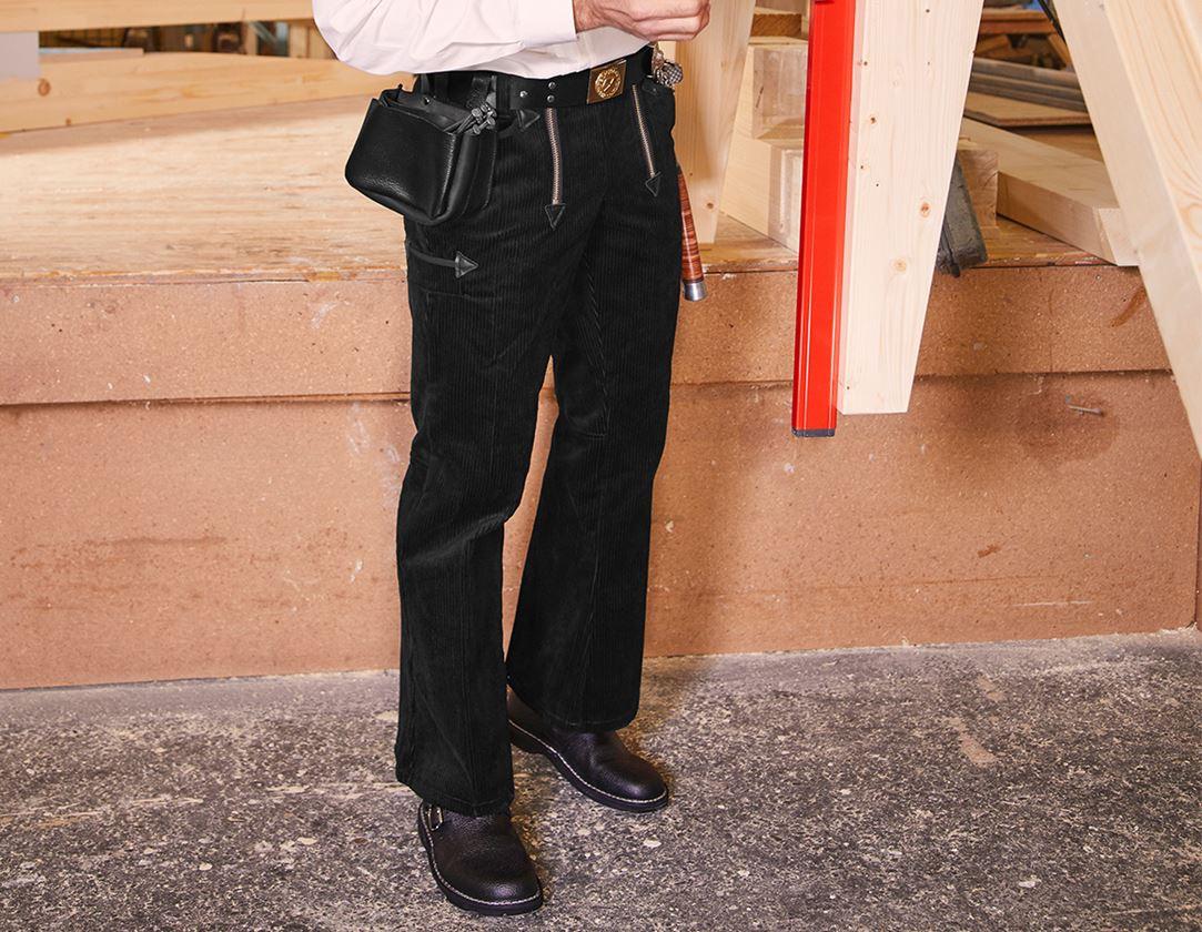 Werkbroeken: e.s. Trad. broek grove ribcord met wijde pijp + zwart