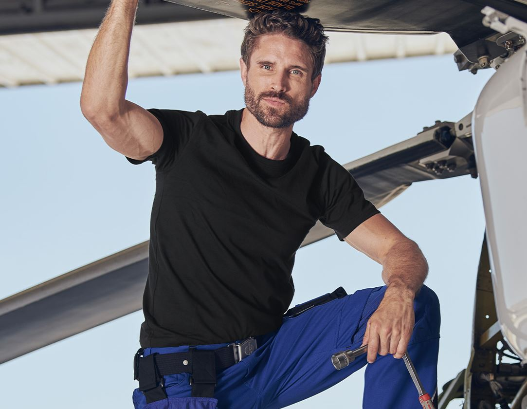 Bovenkleding: e.s. T-Shirt cotton + zwart