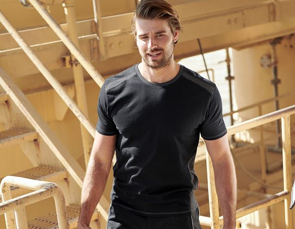 T-Shirts: T-Shirt cotton e.s.active + zwart/antraciet